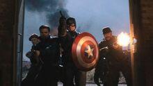 Капитан Америка и Воющие командос - Первый мститель