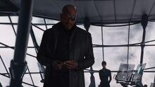 Фьюри рассказывает Мстителям о смерти Колсона - Мстители фильм