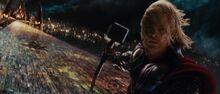 Тор готовится уничтожить Биврёст - Тор (фильм)