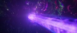 Дормамму уничтожает Стрэнджа энергетическим лучом