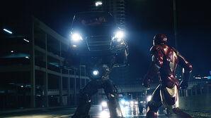 Obadiah Stane vs Iron Man (Tierra-199999)