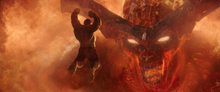Халк атакует Суртура - Рагнарек