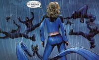 Ultimate Fantastic Four 21 Sue Storm vs Chrono-Bandits