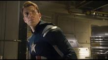Роджерс обнаруживает оборудование Гидры - Мстители