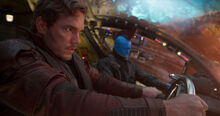 Квилл и Йонду во время битвы с Эго - Стражи галактики 2