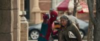 Человек-паук помогает - Возвращение домой