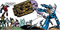 Transformers Issue 3 Skywarp Throws Tank