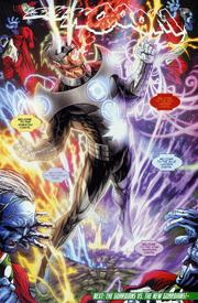 Kyle Rayner Hybrid Lantern 001
