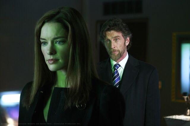 File:Smallville Episode Traveler 001.jpg