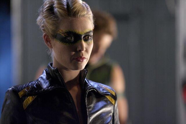 File:Dinah Lance Smallville 002.jpg