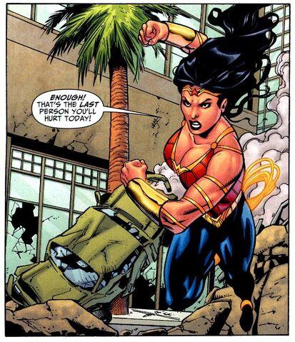 File:Wonder Woman 0316.jpg