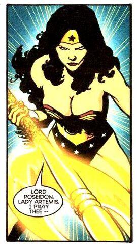 File:Wonder Woman 0260.jpg