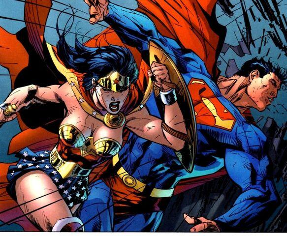 File:Wonder Woman 0137.jpg