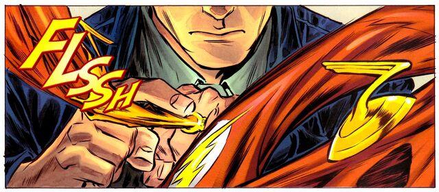 File:Flash Costume Ring 002.jpg