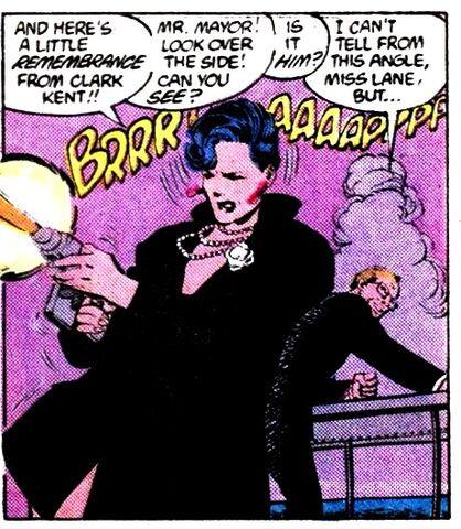 File:Lois Lane 0015.jpg