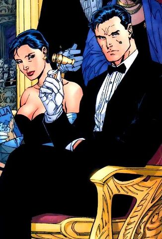 File:Bruce Wayne 001.jpg