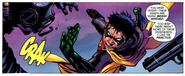 File:Robin Damian Wayne 0023.jpg