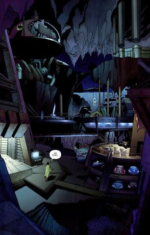 File:Batcave 0021.jpg