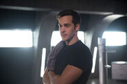 Mon-El Supergirl TV Series 0002