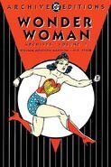 Wonder Woman Archives, Volume 3