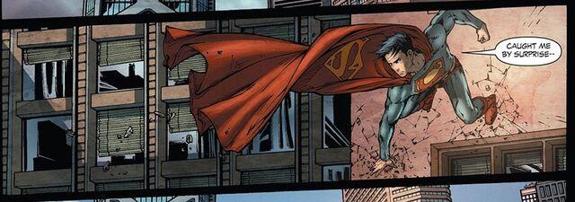 File:Superman Earth-1 017.jpg