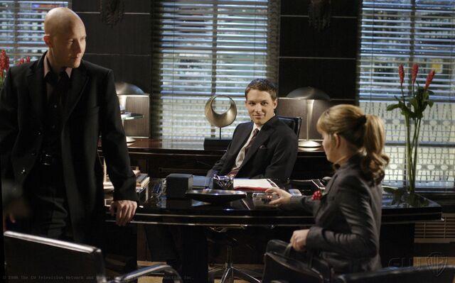 File:Smallville Episode Gemini 001.jpg