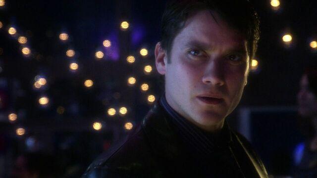 File:Bruno Mannheim Smallville 001.jpg