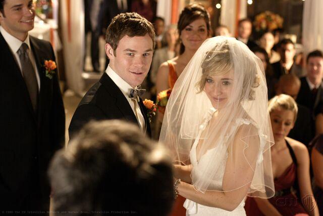 File:Smallville Episode Bride 001.jpg