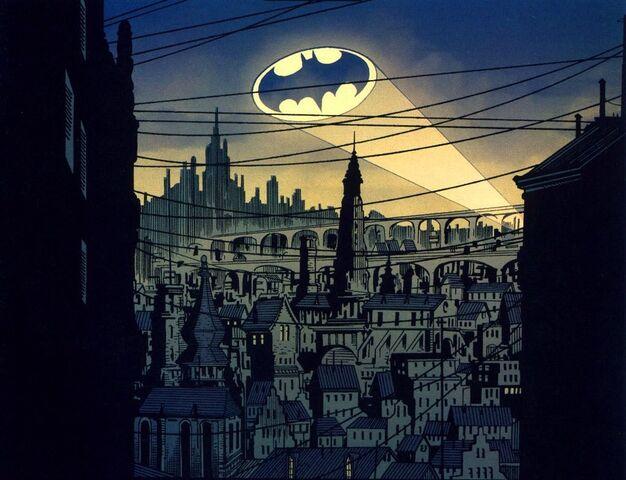 File:Bat-Signal 01.JPG