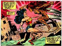 The Cheetah faces Wonder Woman
