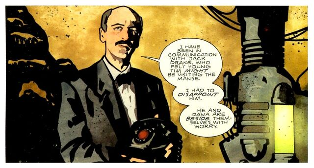 File:Alfred Pennyworth 0047.jpg