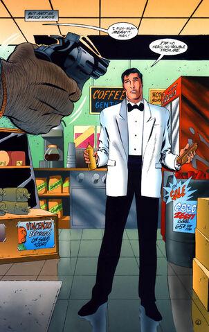 File:Bruce Wayne 073.jpg