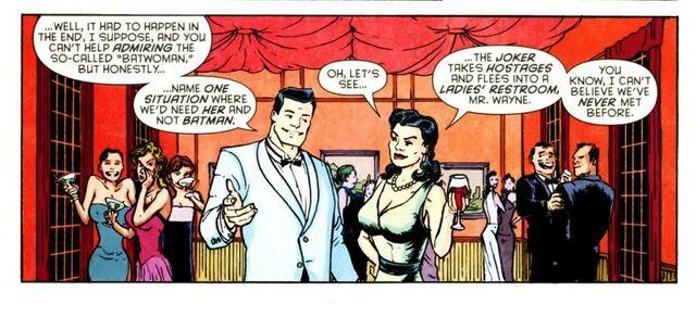 File:Bruce Wayne 066.jpg