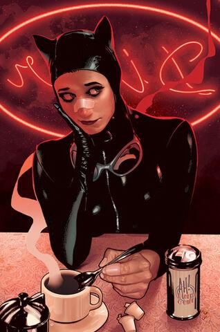 File:Catwoman Holly Robinson 0002.jpg