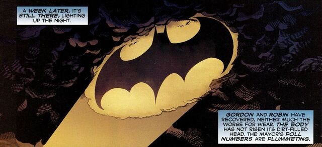 File:Bat-Signal 04.jpg