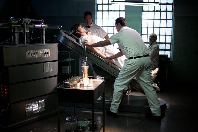 File:Smallville Episode Labyrinth 001.jpg