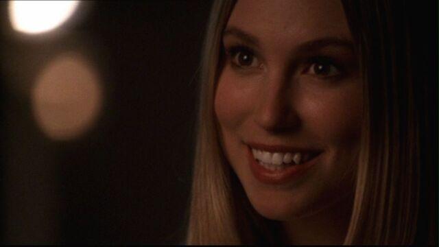 File:Alicia Baker Smallville 001.jpg