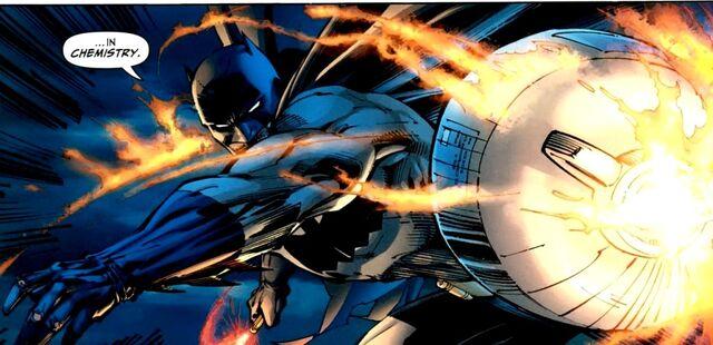 File:Batman Earth-31 047.jpg