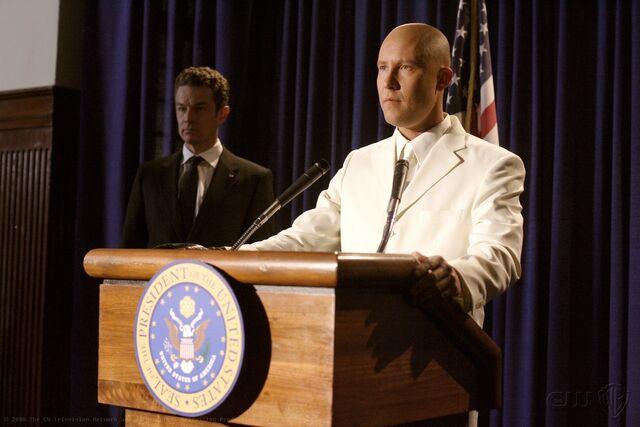 File:Smallville Episode Apocalypse.jpg