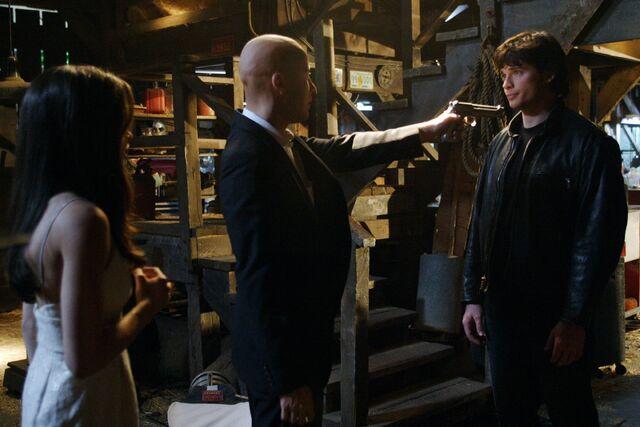 File:Smallville Episode Crimson 001.jpg