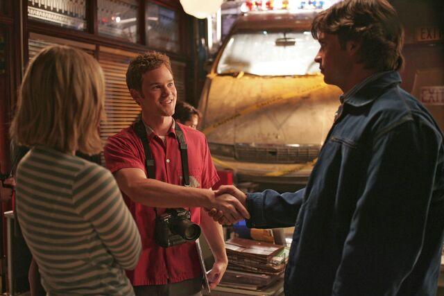 File:Smallville Episode Zod 001.jpg