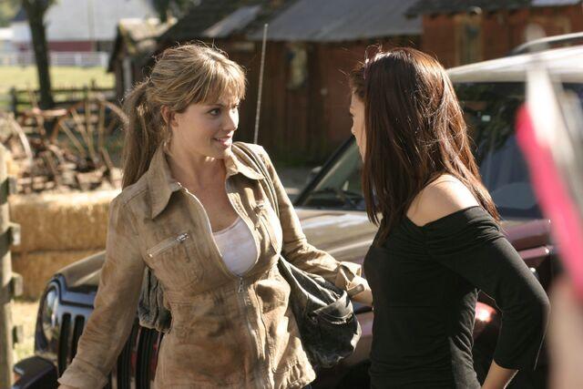 File:Smallville Episode Gone 001.jpg