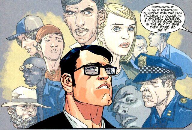 File:Clark Kent 033.jpg