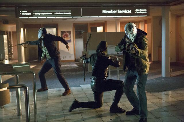 File:Arrow TV Series Episode Legacies 001.jpg