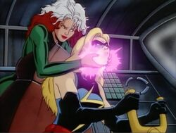 Rogue Grabs Ms Marvel