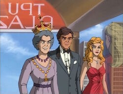 Sue-Skrull Approaches Queen Charles Diana