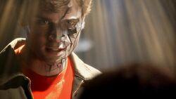 Smallville.S07E01.DVDRip.XviD-ORPHEUS.avi 001912120