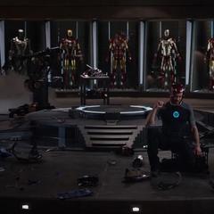 Stark tras que el Mark XLII se desmoronara.