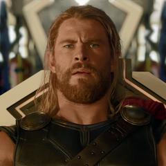 Thor es comprado por el Gran Maestro.