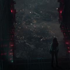 Gamora observa a Thanos y Nebula de 2014 desde el Santurio II.